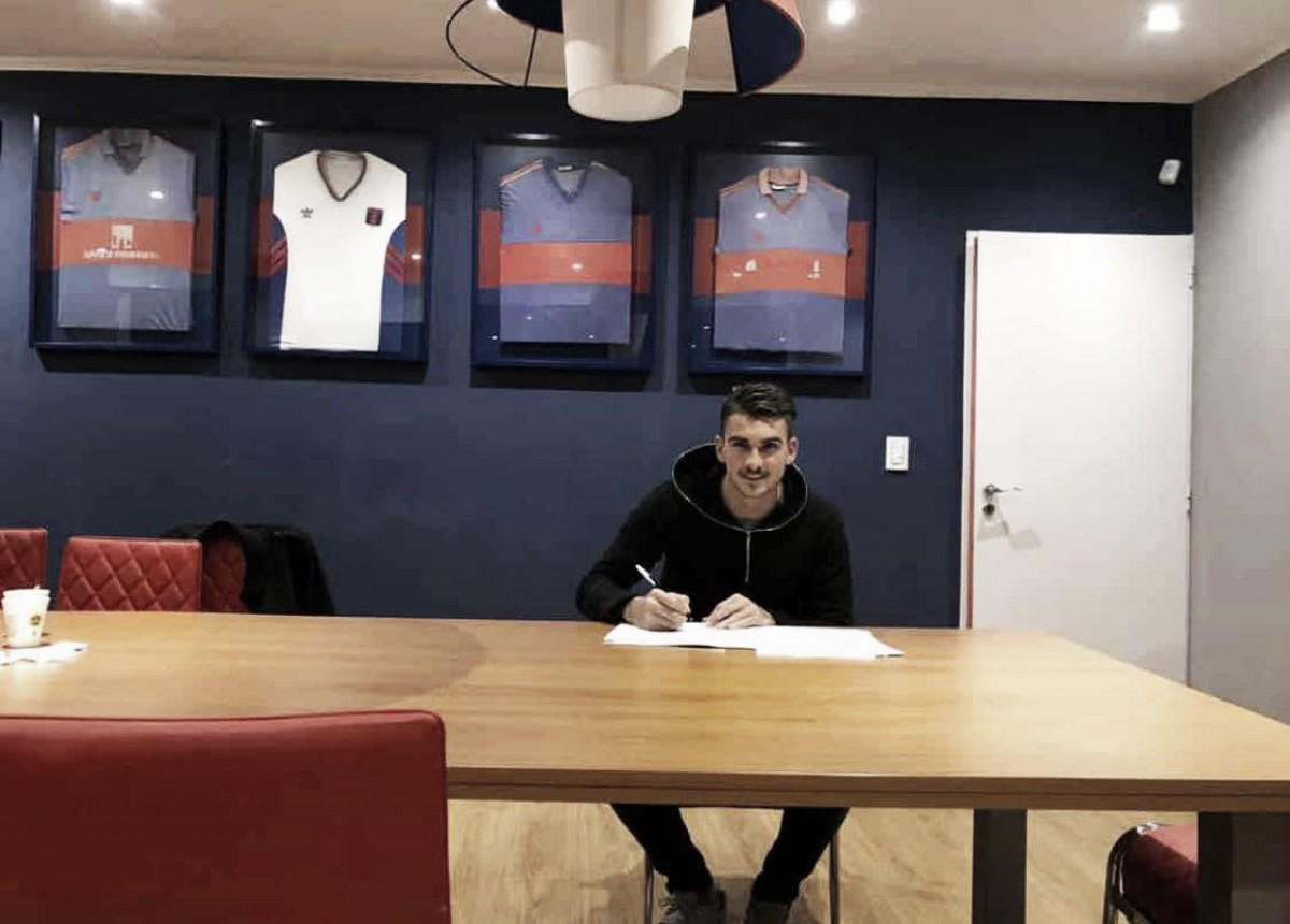 Maxi González firmó con Tigre