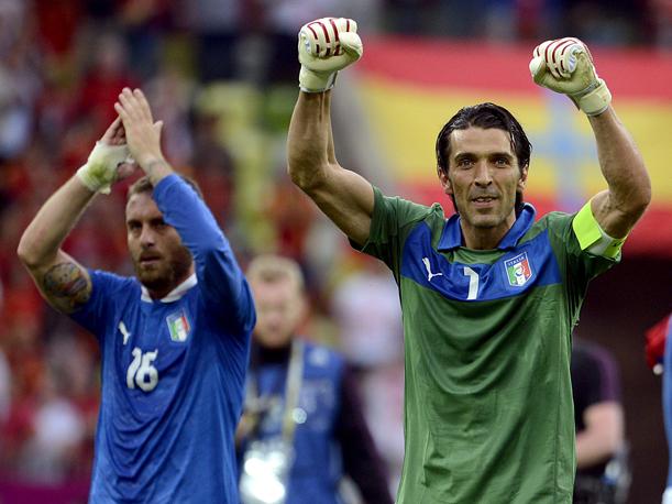 Italia vuelve a empatar ante una dura Croacia