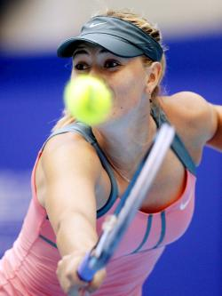 Azarenka y Sharapova vuelven a retarse en la final de Pekín