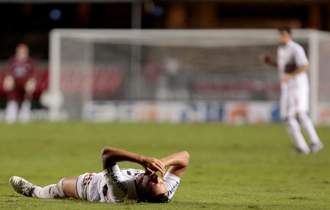 Pensando na Libertadores, São Paulo perde para o XV de Piracicaba