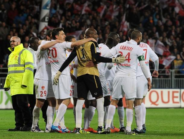 Evian afffronte Brest pour finir