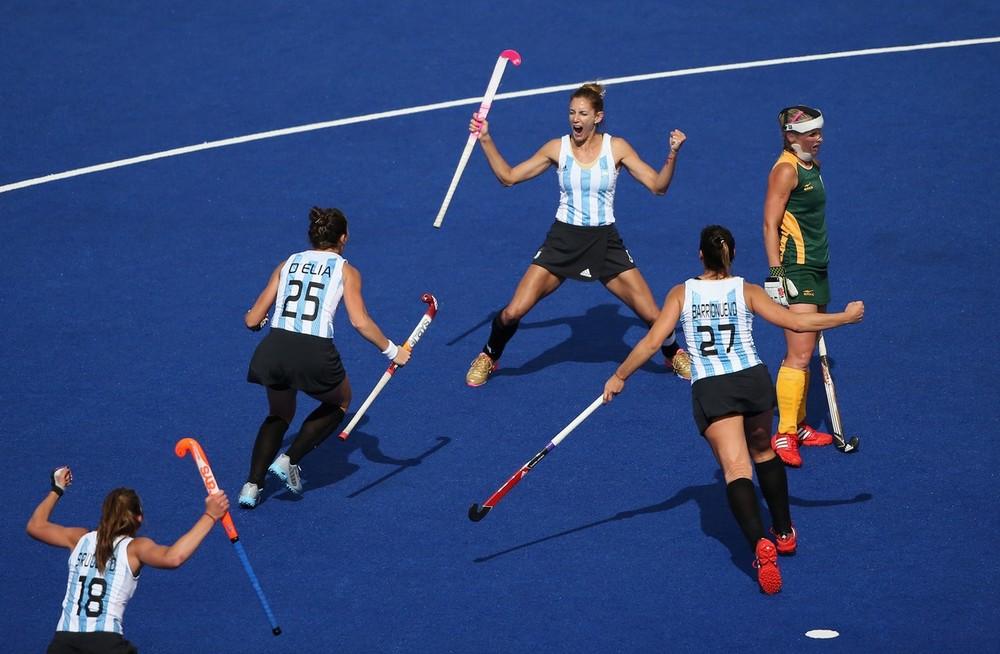 Las Leonas golearon 7 a 1 a Sudáfrica en el debut