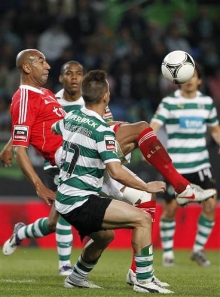 Benfica marque le pas