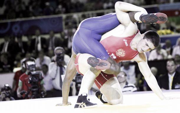 Championnats du Monde de lutte 2014 : l'irrésistible Sadulaev et toute la première journée