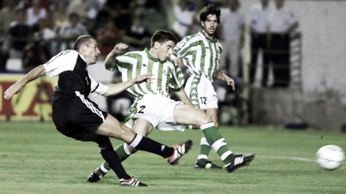 Duelos históricos | Real Betis 3-1 Real Madrid: Cómo el Betis empañó el debut goleador de Zidane con el Madrid