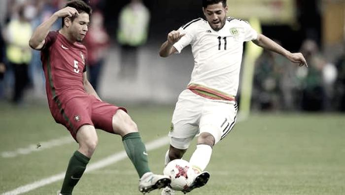 Vela debuta con empate en la Copa Confederaciones