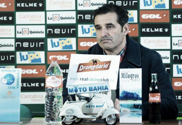 """Javier Pinillos: """"Me quedo con el vestuario y la afición, dos cosas inolvidables este año"""""""