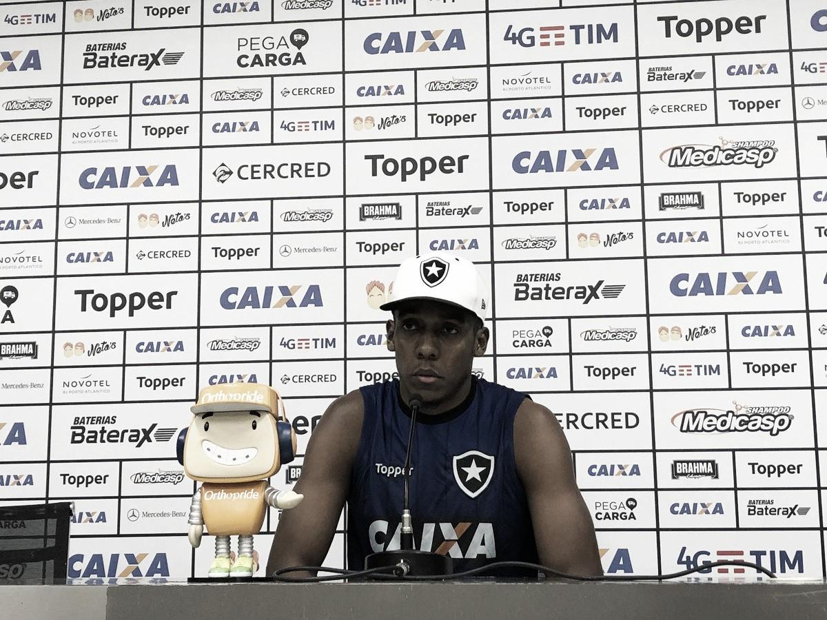 Moisés admite mau momento do Botafogo e prega mudança de postura para sair da situação ruim