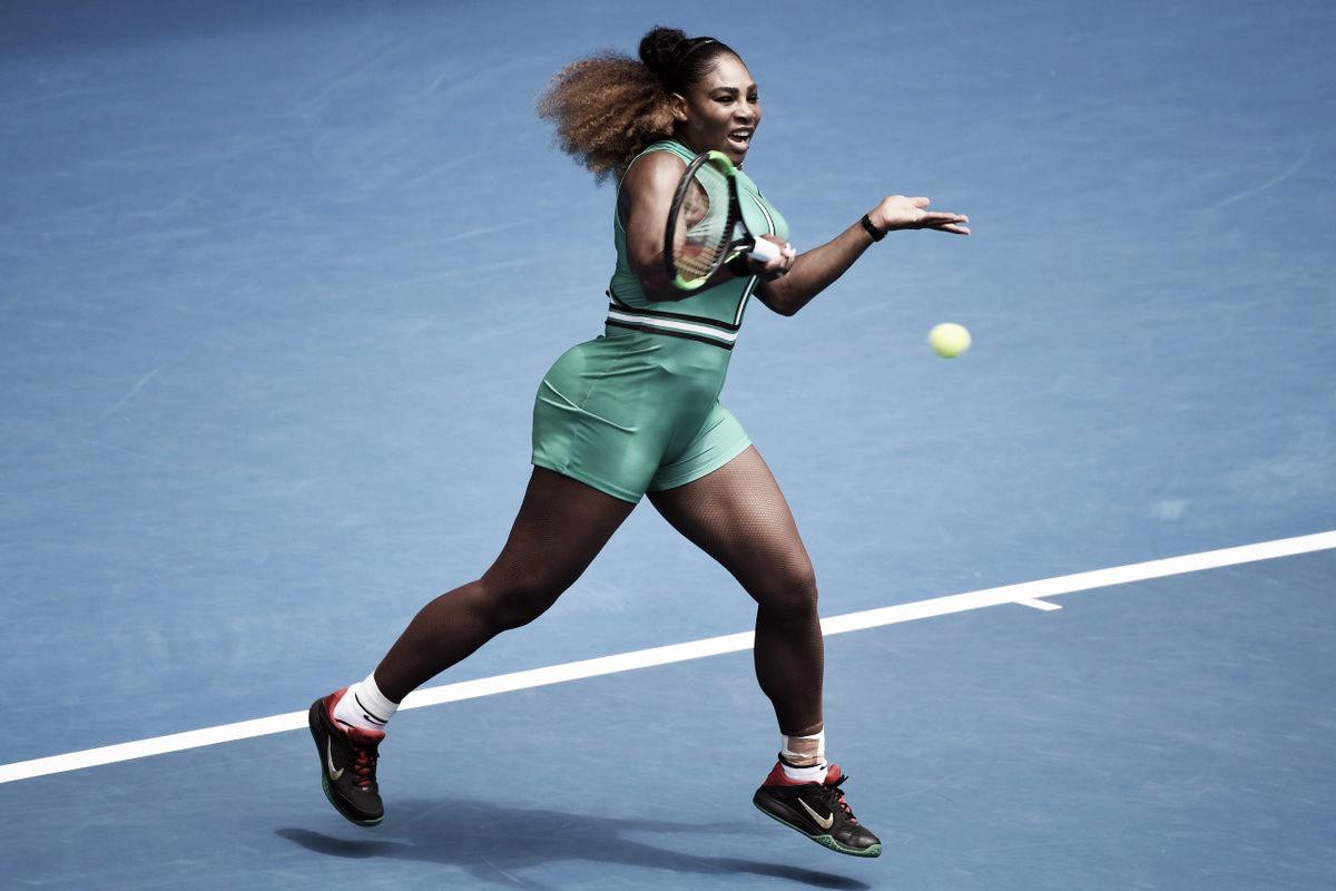 Serena arrasa Maria em apenas 49 minutos e estreia com autoridade no Australian Open