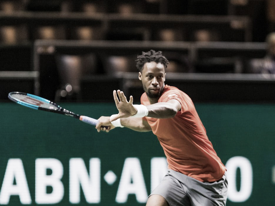 Monfils arrasa Dzumhur e avança às semis do ATP 500 de Roterdã