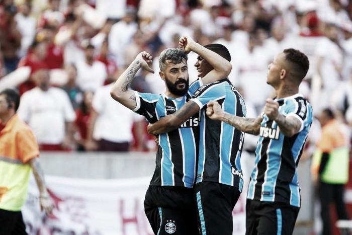 Douglas marca, Grêmio vence Internacional no Beira-Rio e segue busca à liderança
