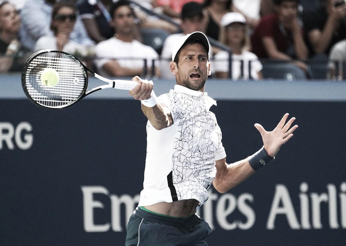 Djokovic triunfa sobre João Sousa e pode enfrentar Federer nas quartas do US Open