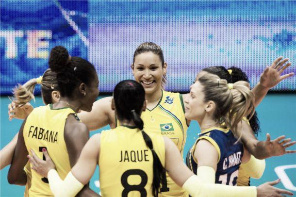 Brasil estreia no Mundial feminino com vitória sobre a Bulgária