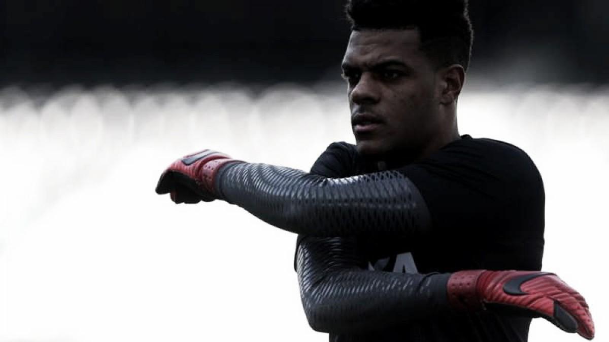Saulo lastima derrota sofrida pelo Botafogo, mas prega foco nas próximas partidas