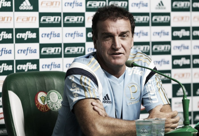"""Cuca comenta desempenho do Palmeiras na derrota no Mineirão: """"Dia atípico"""""""
