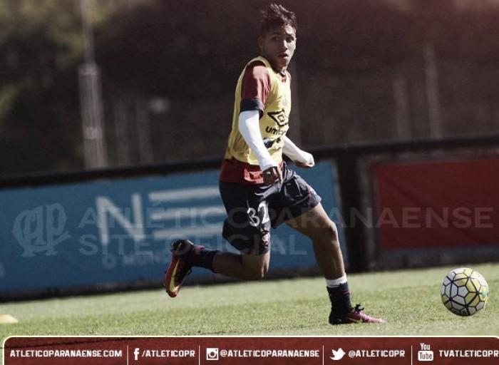 Buscando recuperação no Brasileiro, Atlético-PR recebe lanterna América-MG