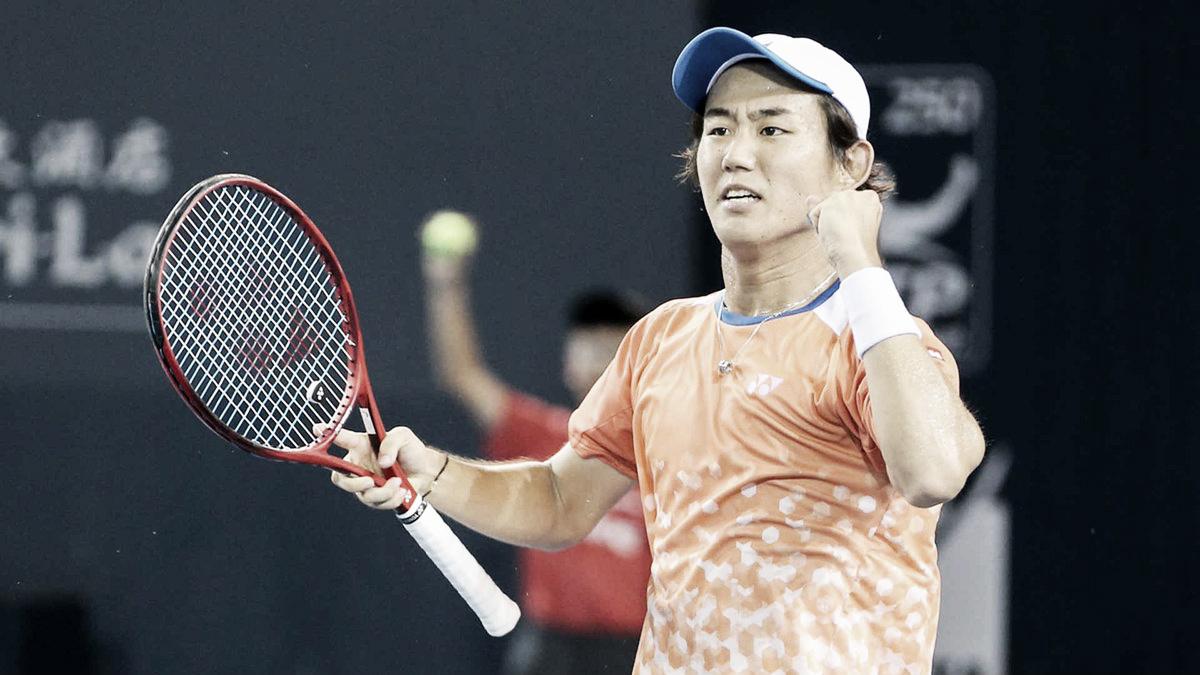 Vindo do qualifying, Nishioka vence grande jogo contra Verdasco e avança à final em Shenzhen
