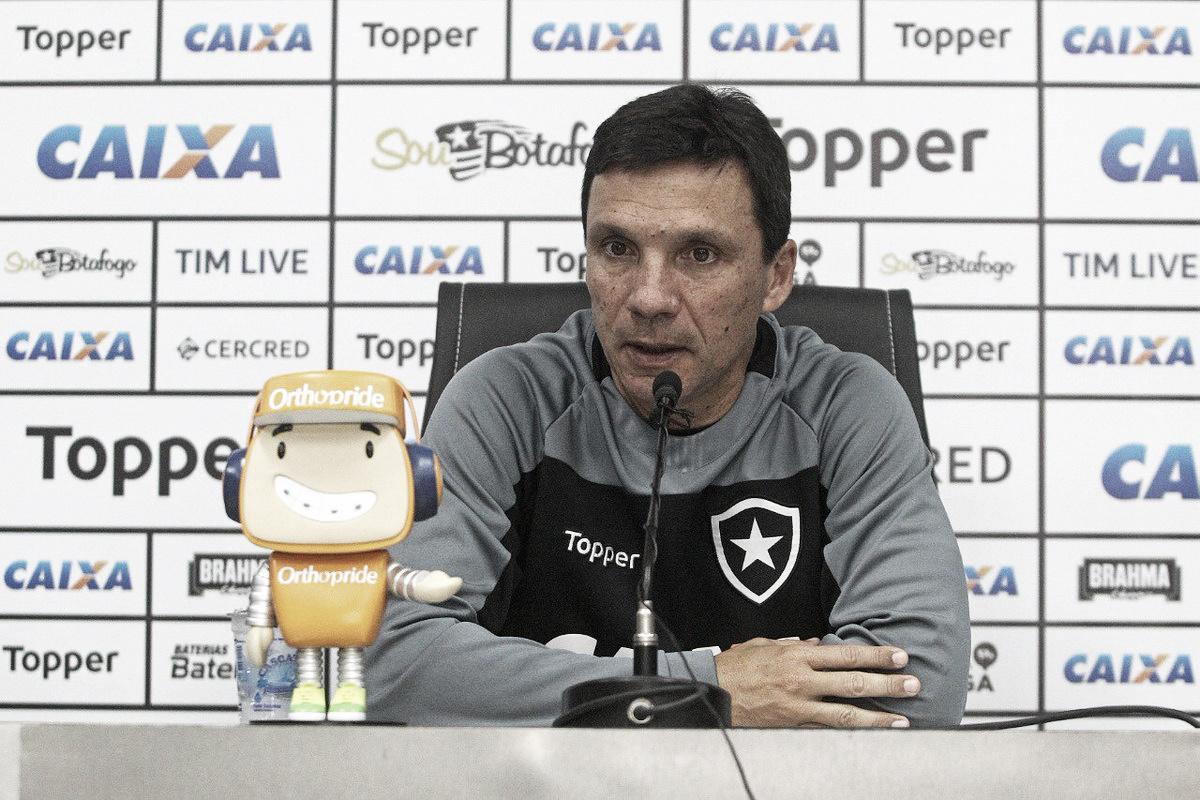 Reencontrando seu ex-clube, Zé Ricardo lamenta situação incômoda do Vasco
