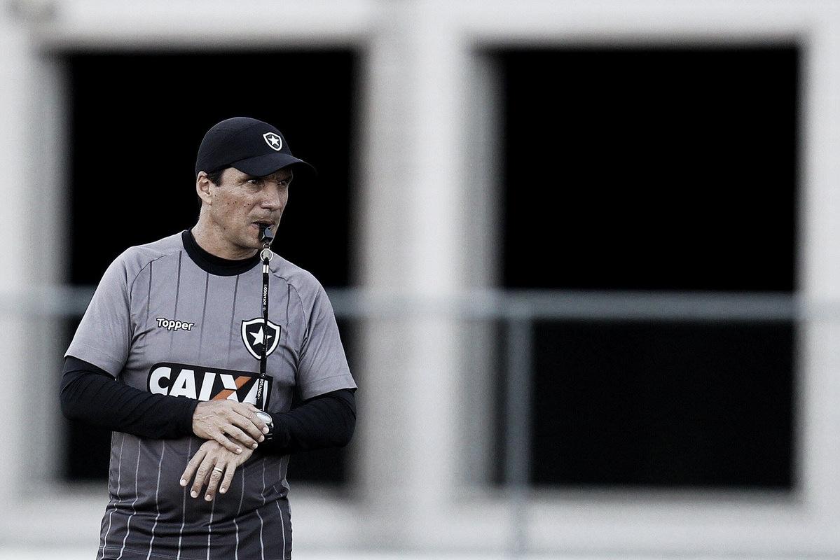 Zé Ricardo reafirma necessidade de vitória contra o Corinthians e convoca torcida do Botafogo