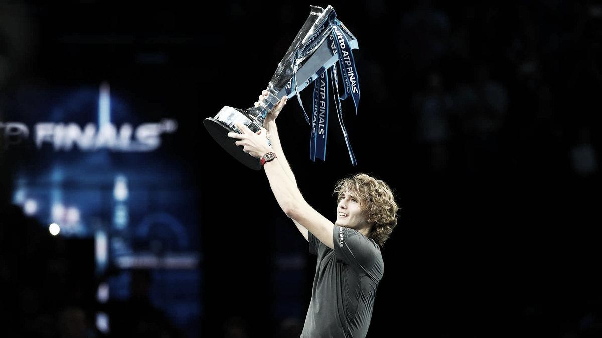 Com grande atuação, Zverev surpreende Djokovic e fica com título do ATP Finals