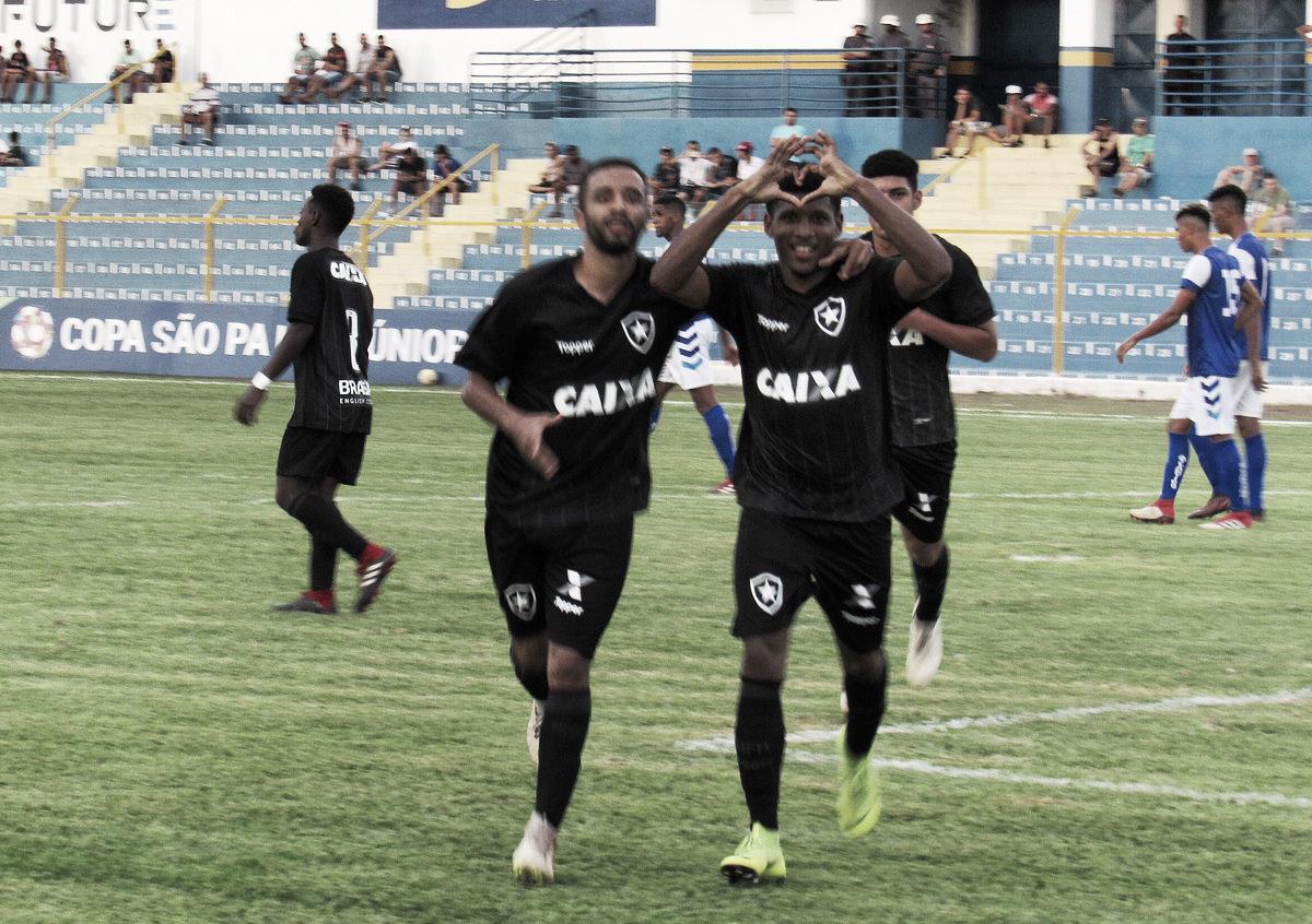 Com Rhuan em dia inspirado, Botafogo vence Atlântico-BA e avança na Copinha