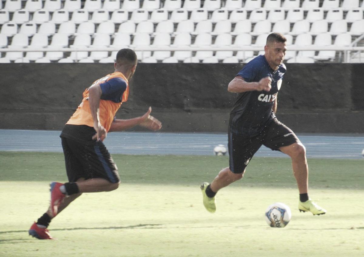 Diego Souza passará por semana de avaliações para definir data de estreia pelo Botafogo