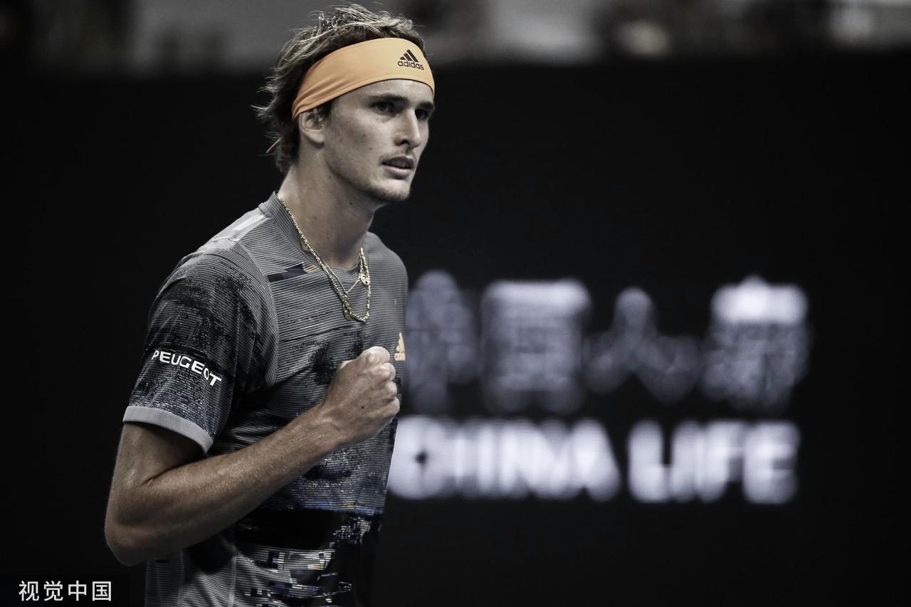 Zverev domina Tiafoe, vence com tranquilidade e estreia com o pé direito no ATP 500 de Pequim