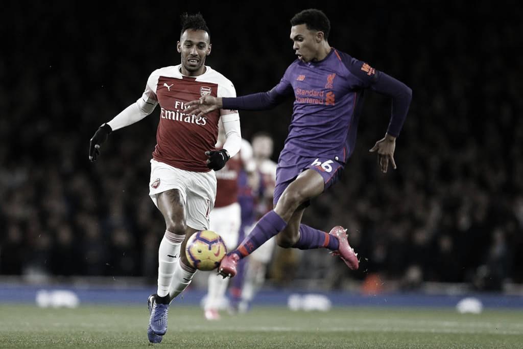 Arsenal desafia campeão Liverpool na luta por vaga à Europa League