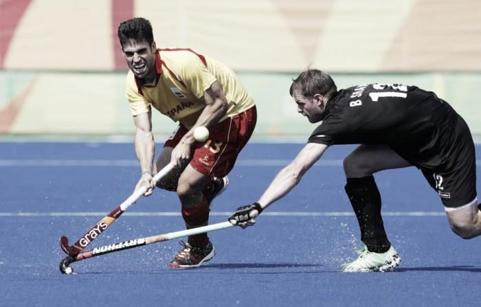 Espanha vence e complica situação da Nova Zelândia no Grupo A do hóquei masculino