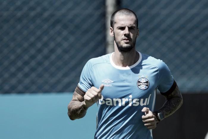 Aposta no primeiro semestre, zagueiro Fred sofre lesão na lombar em atuação reserva do Grêmio