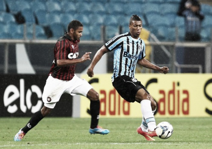 Resultado Grêmio x Atlético-PR no Campeonato Brasileiro 2016 (1-0)