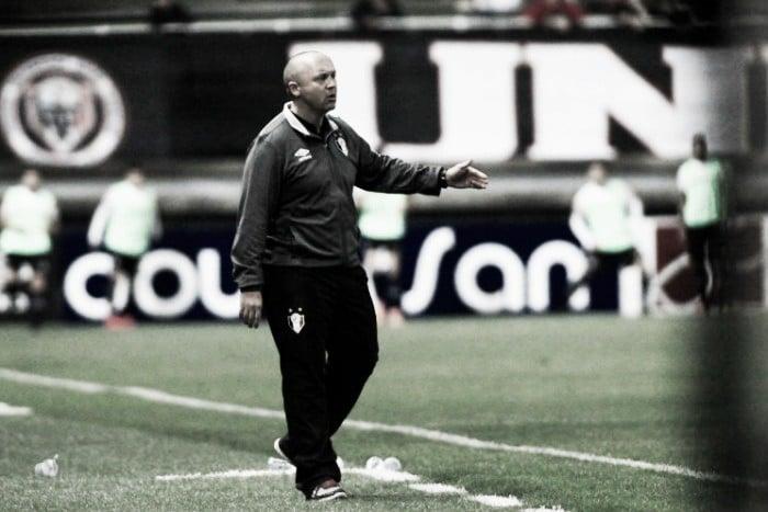 Auxiliar técnico Ademir Fesan aprova volume do Joinville, mas lamenta falta de gols