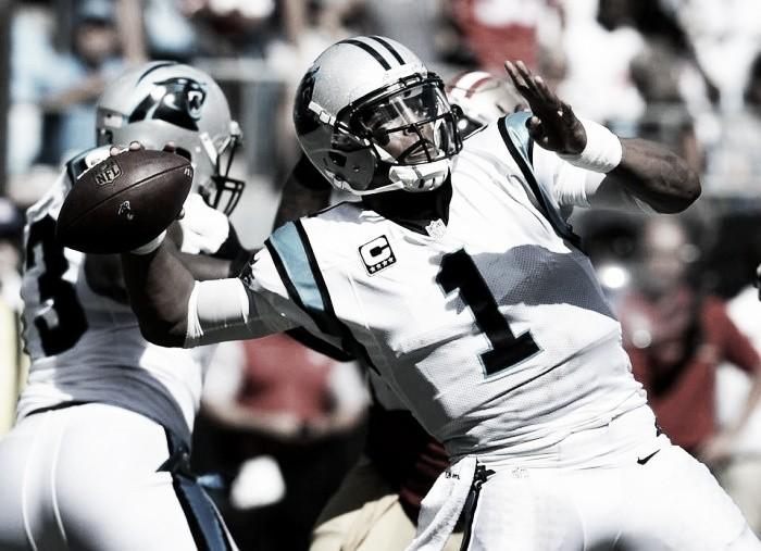 """Cam Newton exalta linha ofensiva após vitória do Panthers: """"Fizeram um trabalho incrível"""""""
