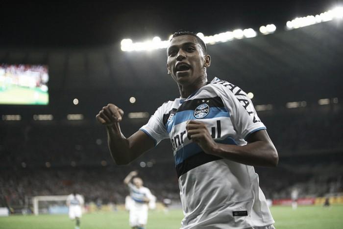 Pedro Rocha avalia noite de extremos após dois gols e expulsão na final