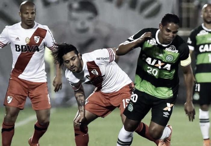 Chapecoense visita Independiente em busca de fazer história na Copa Sul-Americana