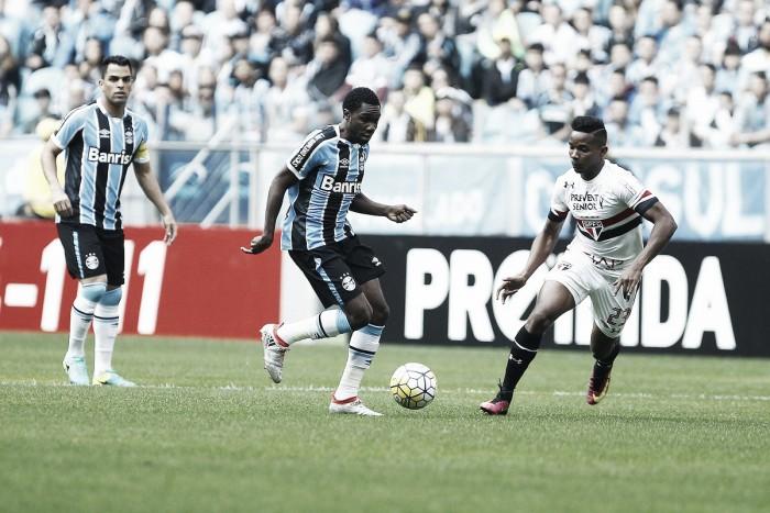 Grêmio confirma lesão e Negueba fica de fora por até quatro semanas