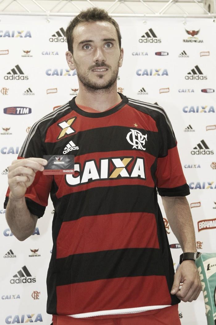 Mancuello é oficialmente apresentado no Flamengo