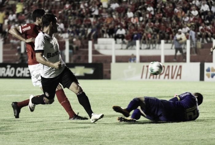 Vila Nova converte chances, vence Brasil de Pelotas e equipes dividem meio da tabela