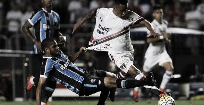 São Paulo e Grêmio marcam em tempos distintos e ficam no empate no Morumbi
