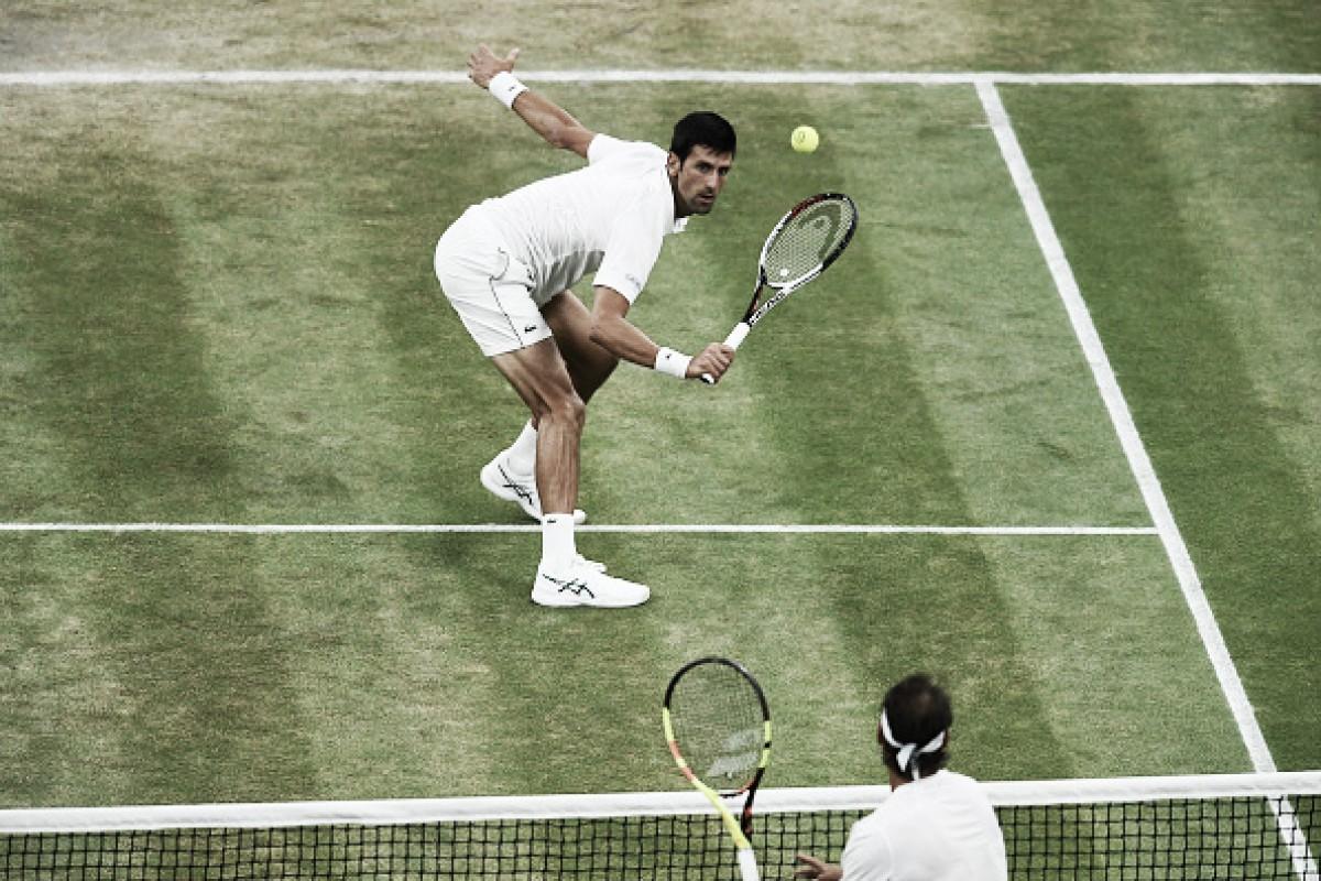 Semifinal de Wimbledon entre Nadal e Djokovic é paralisada por 'toque de recolher' em Londres
