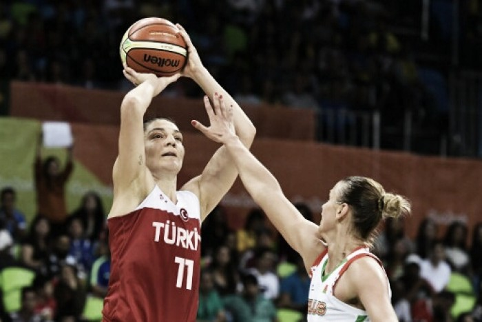 Rio 2016: Turkey holds off late Belarus charge to win in women's basketball, 74-71