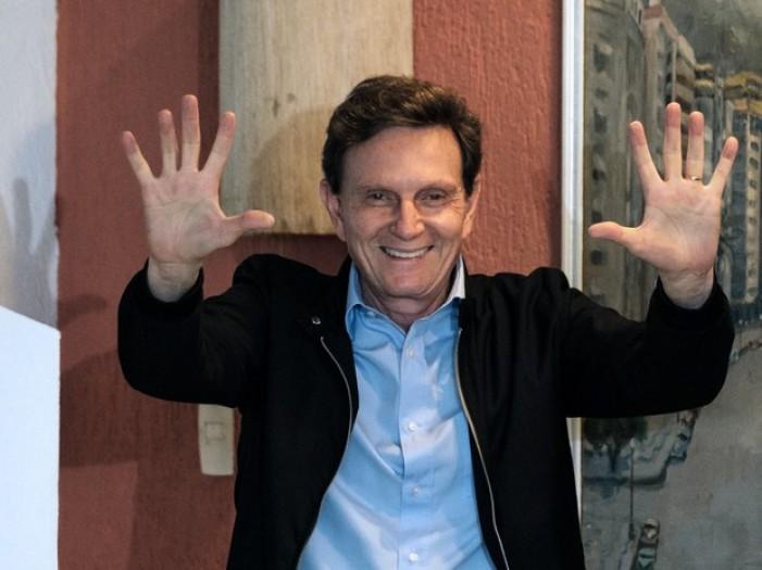 Crivella vence Marcelo Freixo e é eleito o novo prefeito do Rio de Janeiro