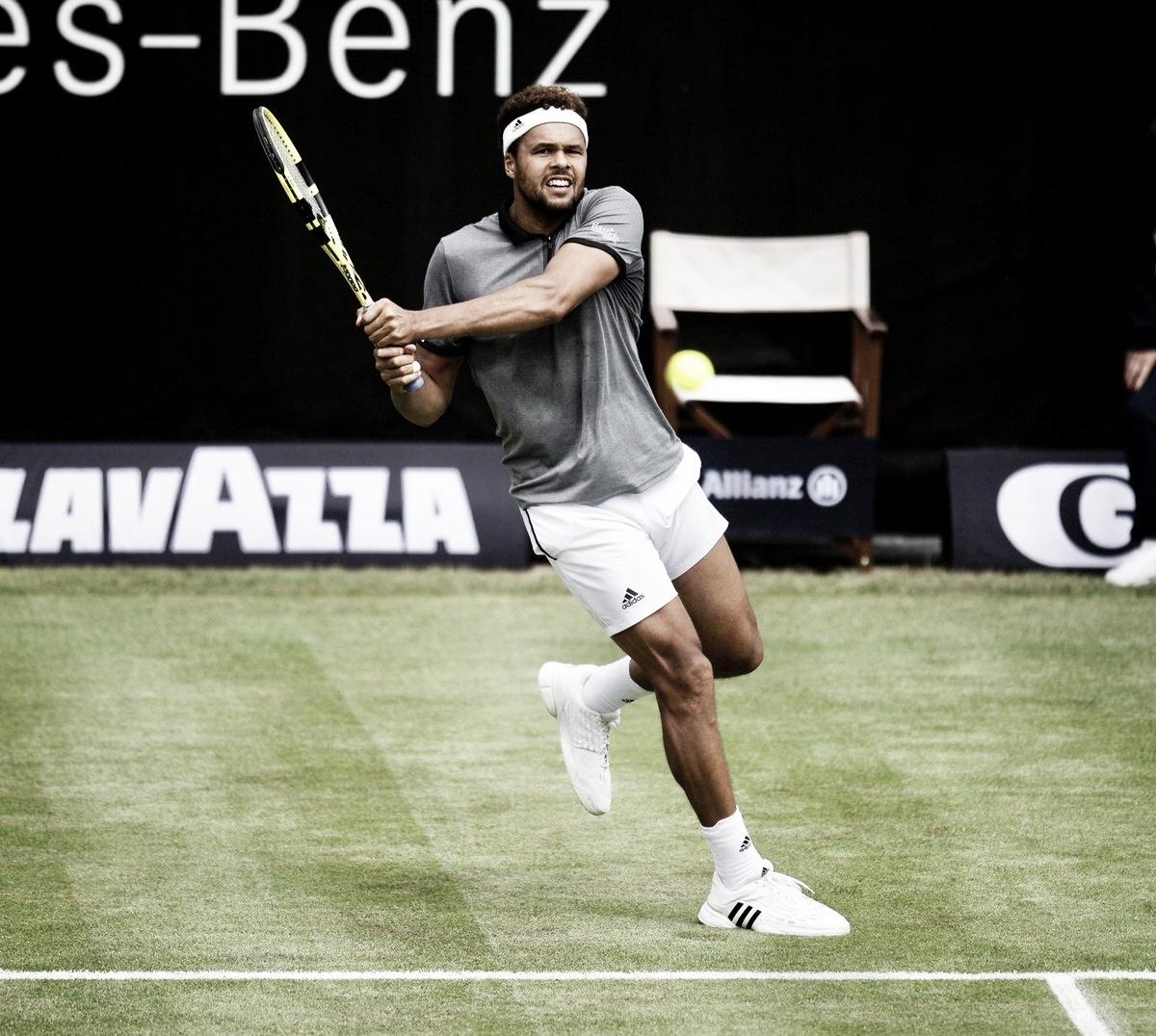 No duelo de franceses, Tsonga leva a melhor sobre Paire e avança no ATP 500 de Halle