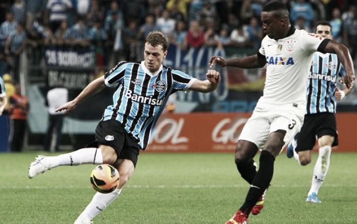 Grêmio e Avaí acertam troca entre atacante Lucas Coelho e lateral-esquerdo Lucas Lovat