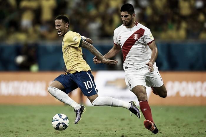 "Romildo Bolzan sobre zagueiro peruano Zambrano: ""Jogador muito interessante"""