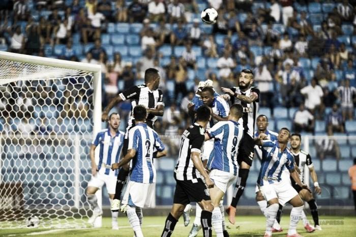 Com gol de William, Avaí vence clássico contra Figueirense na volta à Ressacada