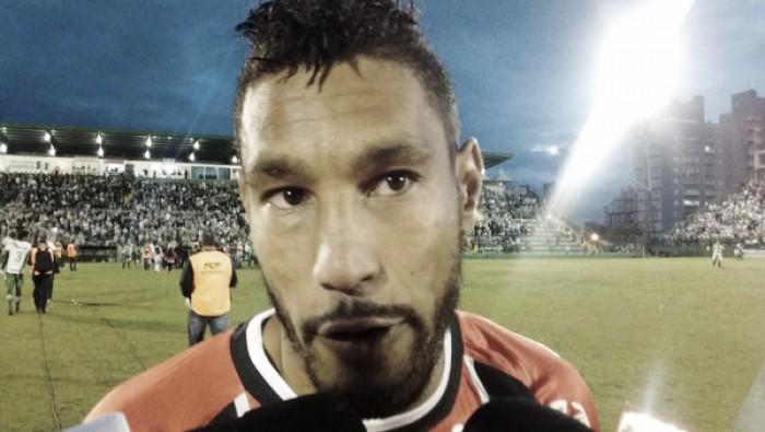 """Bruno Aguiar comenta vice-campeonato do Joinville: """"Erguer a cabeça que temos mais objetivos"""""""