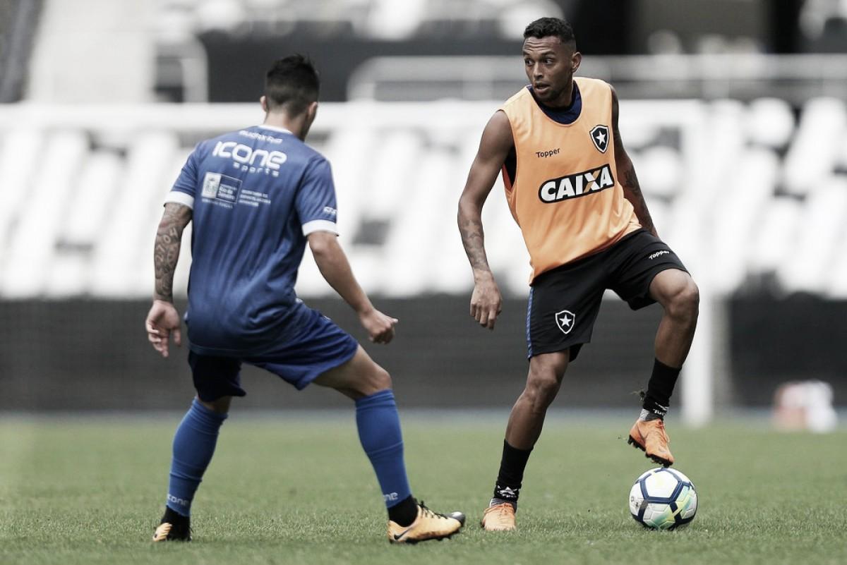 Botafogo é derrotado pelo Audax em jogo-treino realizado no Nilton Santos