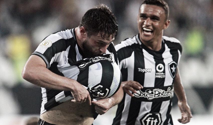 Absolvido pelo STJD, João Paulo está livre para atuar pelo Botafogo