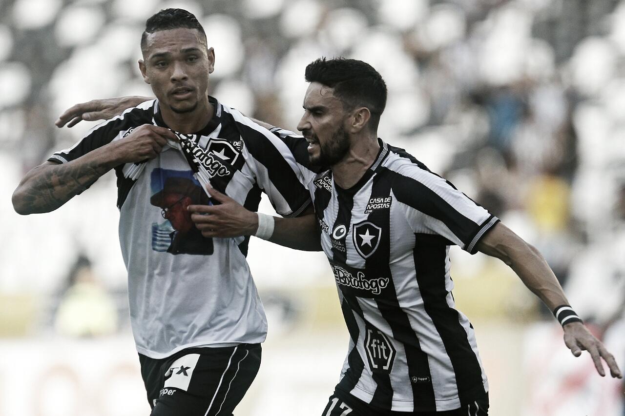 Em jogo marcado pela participação do VAR, Gatito salva e Botafogo vence Athletico-PR